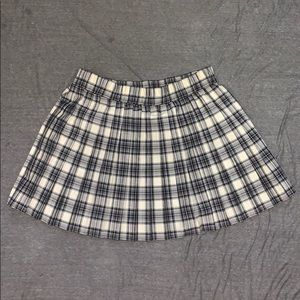 NEW WILD FABLE PLAID SKIRT